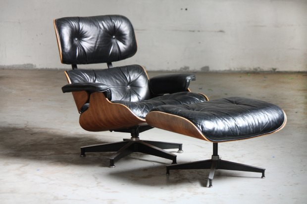 кресло Eames Lounge and Ottoman