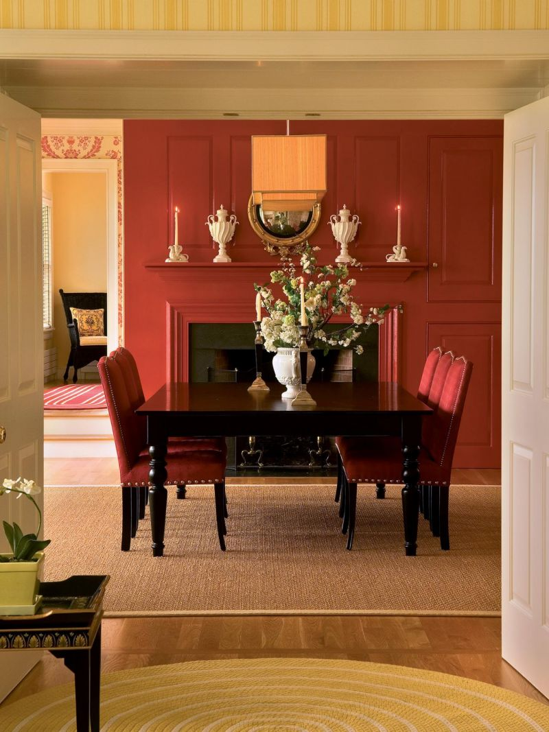 ci-farrow-and-ball-the-art-of-color-pg166_red-dining-room_3x4-jpg-rend-hgtvcom-1280-1707