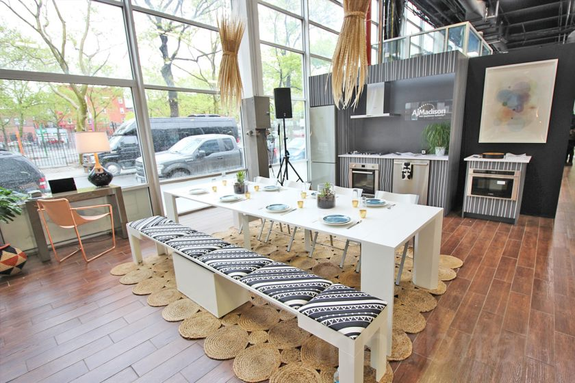 interactive-500-square-foot-micro-loft-shows-off-small-living-solutions-in-brooklyn-dining-and-kitchen
