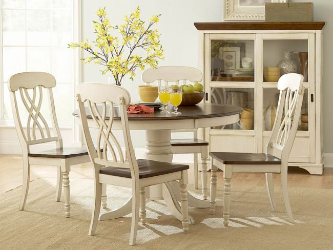 white-round-kitchen-table-and-chairs-4