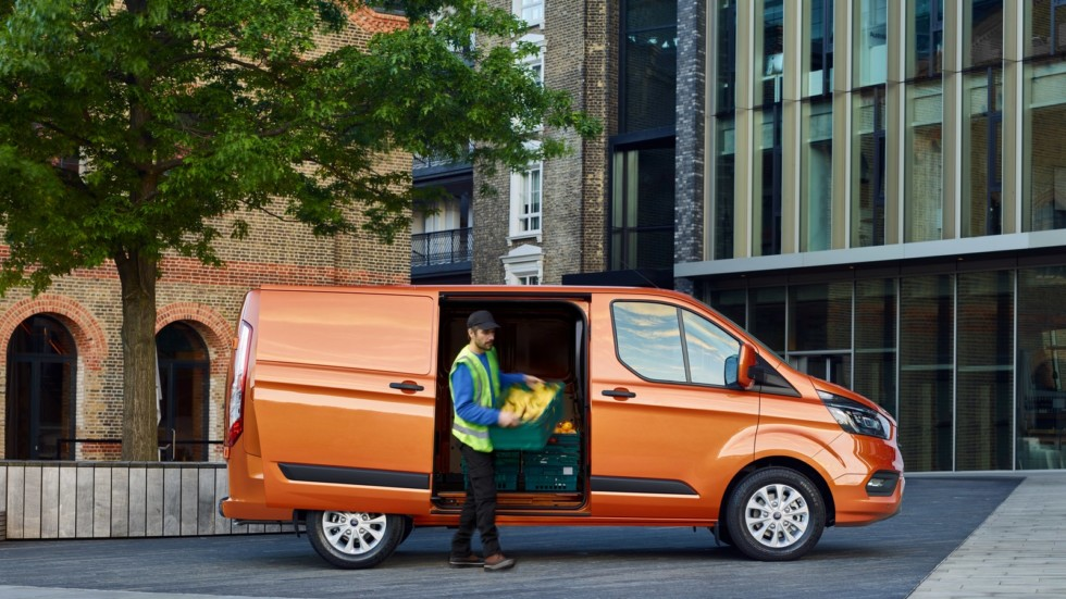 ford_transit_custom_50